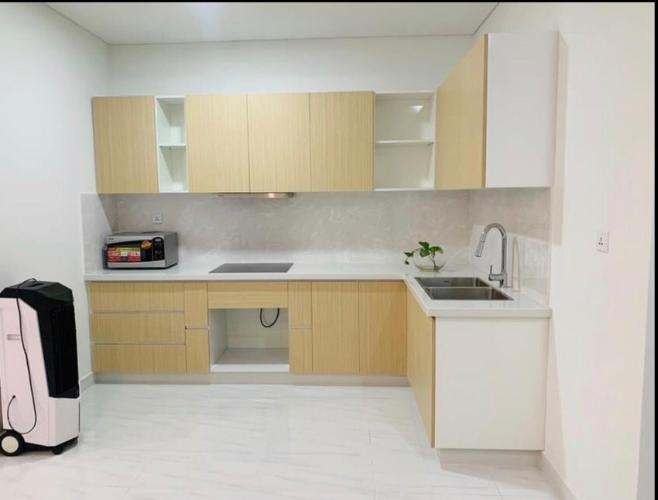 Phòng bếp D-Vela, Quận 7 Căn hộ D-Vela tầng trung, nội thất cơ bản tiện nghi.