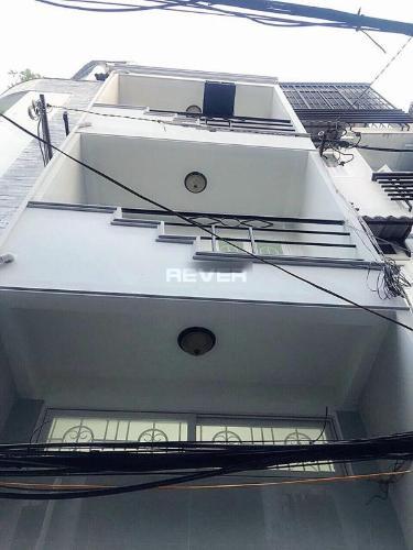 Nhà phố đường Trần Hưng Đạo diện tích 30m2, đầy đủ tiện ích.