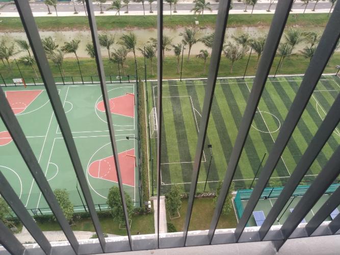 view căn hộ Vinhomes Grand Park  Căn hộ Vinhomes Grand Park tầng trung, nội thất cơ bản