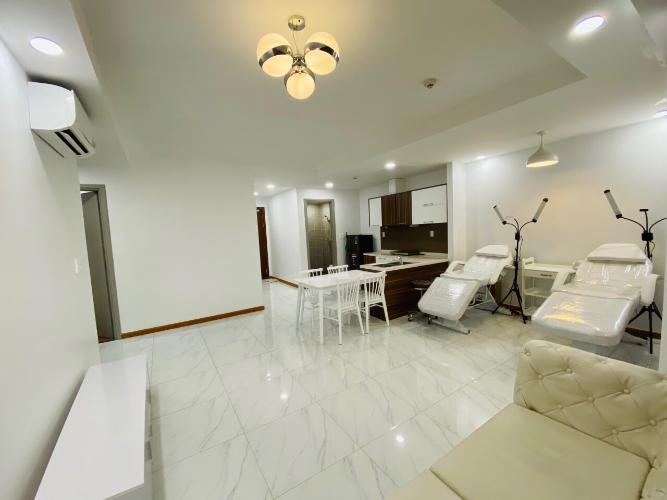 Bán căn hộ The Gold View thuộc tầng trung, 2 phòng ngủ, diện tích 76m2, đầy đủ nội thất