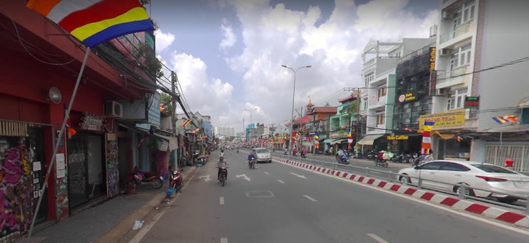Đường trước mặt bằng kinh doanh Quận 8 Mặt bằng kinh doanh hướng Tây, mặt tiền đường Phạm Hùng thoáng mát.