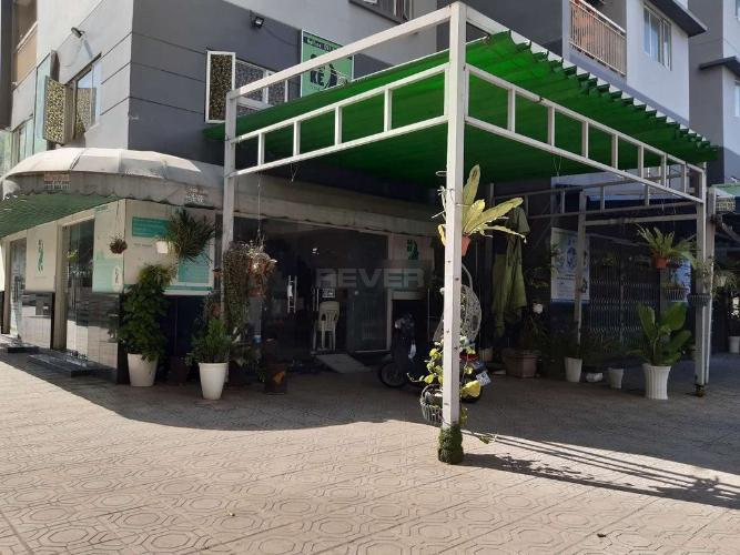 Căn Shophouse Tani Building Sơn Kỳ 1 hướng Đông, nội thất cơ bản.
