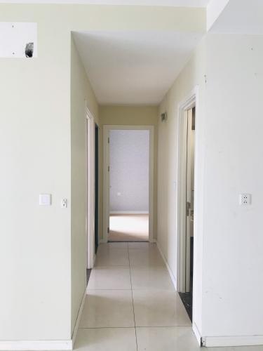 Lối đi Masteri Millennium Quận 4 Căn hộ Masteri Millennium tầng 17, nội thất cơ bản.