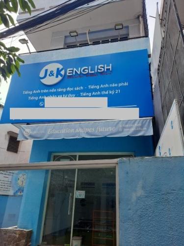Nhà phố hẻm xe hơi Q.Phú Nhuận hướng Đông diện tích sử dụng 250m2.