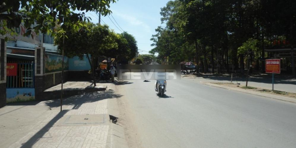 Đường trước mặt bằng kinh doanh Quận 9 Mặt bằng kinh doanh đường Dương Đình Hội diện tích 90m2, đầy đủ tiện ích.