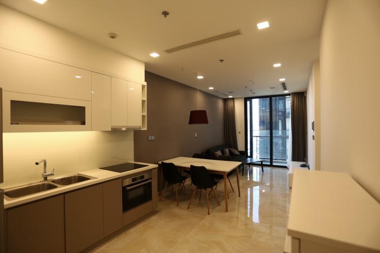 Phòng khách căn hộ Vinhomes Golden River , Quận 1 Căn hộ Vinhomes Golden River đầy đủ nội thất, view thoáng mát.