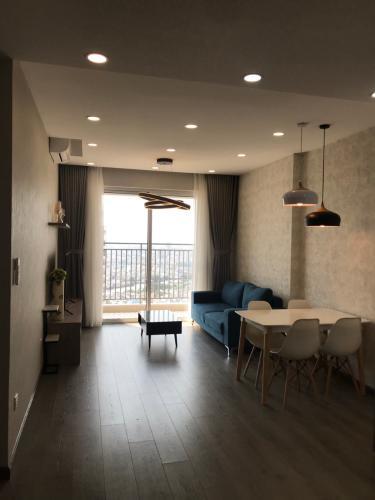 view phòng khách căn hộ Sunrise City View Căn hộ Sunrise Cityview tháp B nội thất đầy đủ hiện đại, ban công lớn.