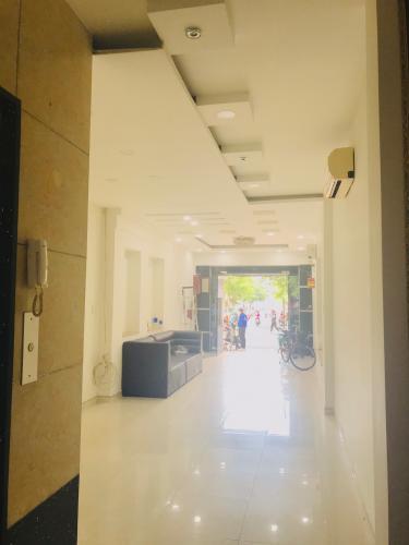 Bên trong nhà phố Quận 1 Bán nhà phố cách Cầu Bông hơn 200m, sổ hồng đầy đủ, diện tích đất 25,47m2.
