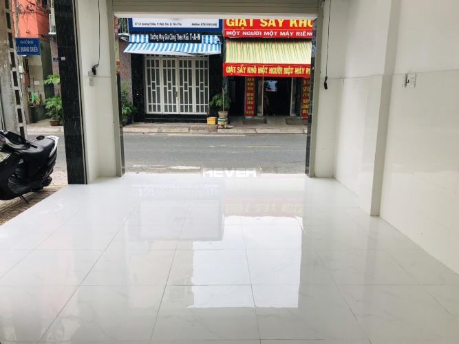 Nhà phố Quận Tân Phú Nhà phố có 2 mặt tiền kinh doanh đường Lê Quang Chiểu, kết cấu 3 tầng.