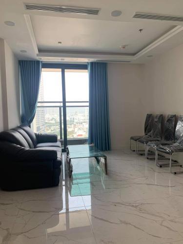 Bán căn hộ Sunshine City Sài Gòn thuộc tầng trung, diện tích 69m2, thiết kế hiện đại.