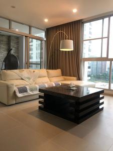 Căn hộ cao cấp Star Hill Phú Mỹ Hưng tầng 8, đầy đủ nội thất hiện đại.
