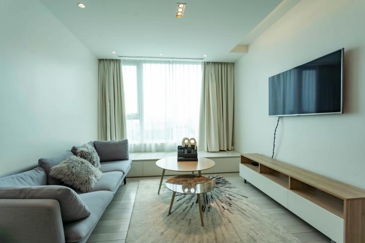 Căn hộ Léman Luxury Apartments ban công hướng Đông Nam, view tầng cao.