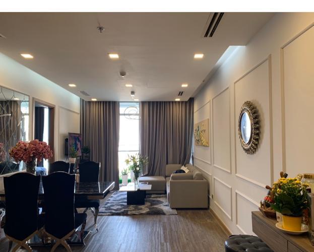 Căn hộ Vinhomes Central Park tầng 16 view thoáng mát, đầy đủ nội thất.