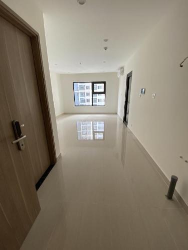 Căn hộ 3 phòng ngủ Vinhomes Grand Park tầng 17, không có nội thất.