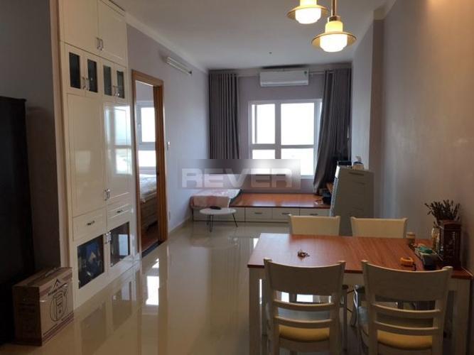 Căn hộ Saigonres Plaza tầng 11 hướng Đông thoáng mát, đầy đủ nội thất.