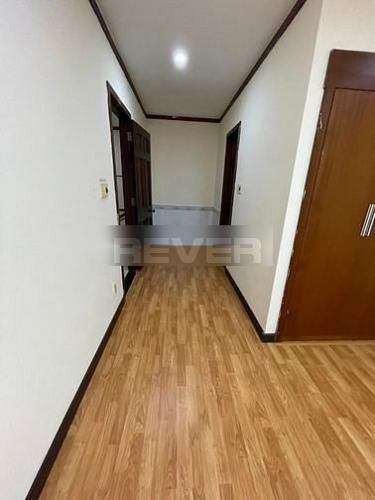 Căn hộ Quốc Cường Gia Lai 1, Quận  Căn hộ Quốc Cường Gia Lai 1 tầng 7 diện tích 131.3m2, nội thất cơ bản.