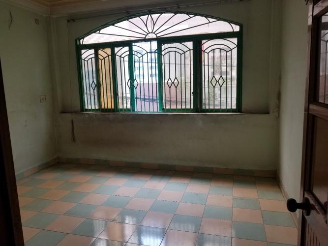 Phòng khách nhà phố Quận Bình Tân Nhà phố đường xe hơi Q.Bình Tân diện tích sử dụng 250m2, sổ đỏ riêng.