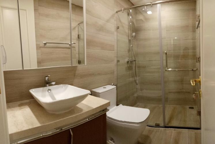phòng tắm Căn hộ Vinhomes Golden River tầng cao, hướng thoáng mát.