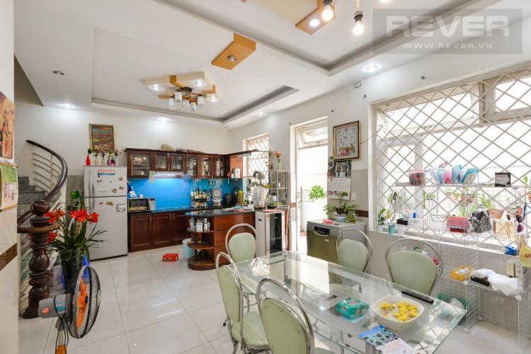 Cho thuê nhà nguyên căn đường Trương Văn Thành, phường Hiệp Phú, Quận 9, đầy đủ nội thất, cách Xa lộ Hà Nội 600m