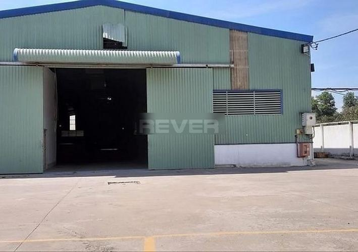 Nhà xưởng kho bãi Quận Bình Tân Nhà xưởng kho bãi diện tích 160m2 có 1 gác lửng, ngay góc ngã 3,