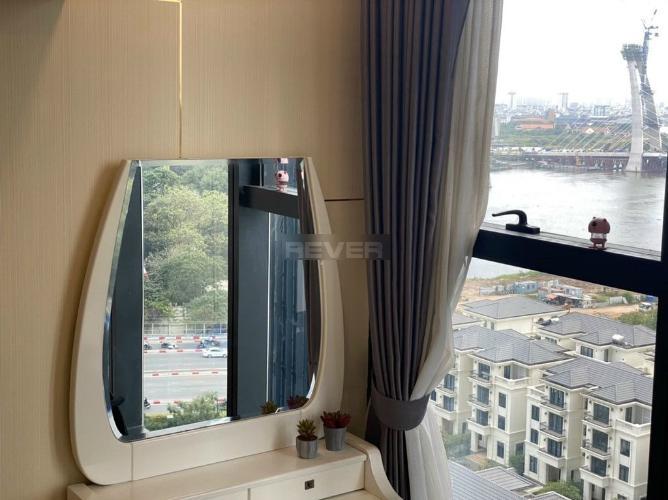 Không gian căn Officetel Vinhomes Golden River , Quận 1 Căn hộ Officetel Vinhomes Golden River tầng 12 view thoáng mát.