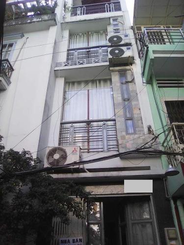 Nhà phố thiết kế kỹ lưỡng có 1 trệt 1 lầu và sân thượng, sổ đỏ chính chủ.