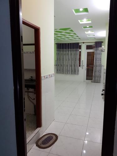 Không gian nhà phố Quận Bình Tân Nhà phố mặt tiền đường số 4 diện tích sử dụng 320m2, nội thất cơ bản.