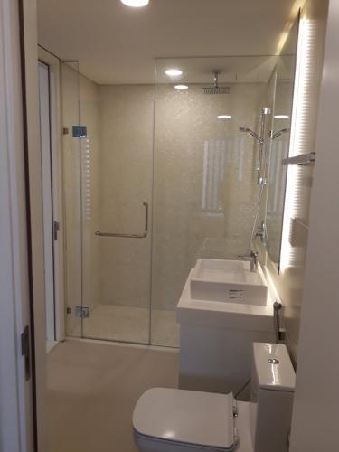 Phòng tắm căn hộ Gateway Thảo Điền Căn hộ Gateway Thảo Điền tầng cao nội thất đầy đủ, view thoáng mát.