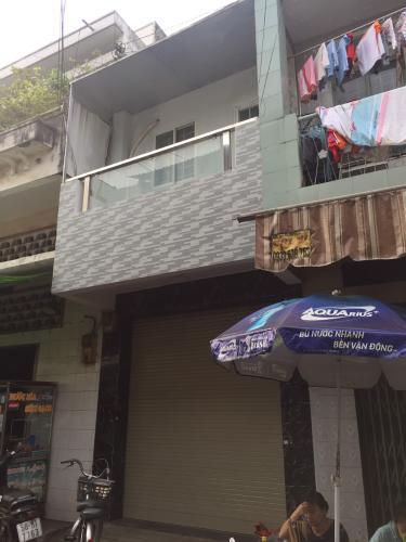 Nhà phố cửa hướng Đông Bắc 1 trệt 1 lầu, diện tích đất 3mx9m.