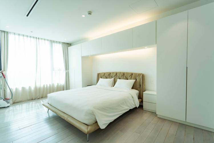 Phòng ngủ , Căn hộ Léman Luxury Apartment , Quận 3 Căn hộ tầng 9 Léman Luxury Apartments view thoáng mát, đầy đủ nội thất.
