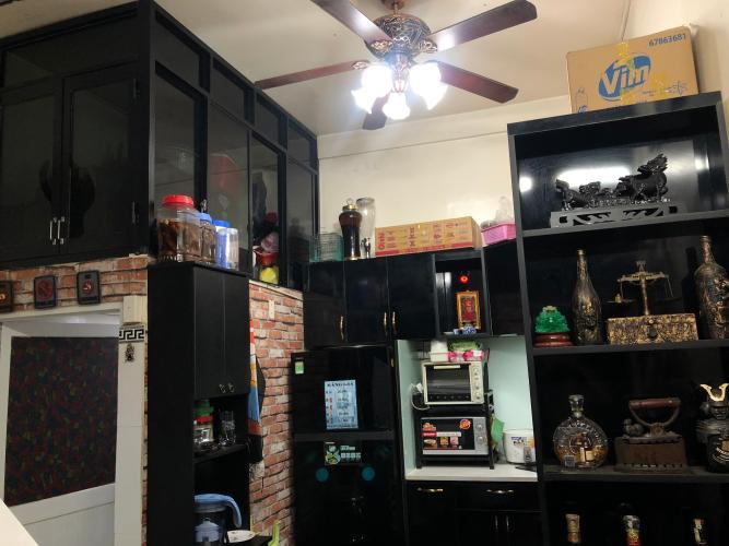 Phòng bếp nhà phố Quận 11 Nhà phố trung tâm Quận 11 hướng Tây Bắc, thuận tiện kinh doanh.