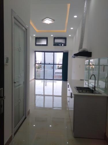 Căn Office-tel The Sun Avenue tầng 1 tiện di chuyển, nội thất cơ bản.