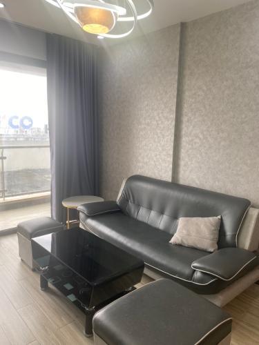 Phòng khách The Gold View, Quận 4 Căn hộ The Gold View đầy đủ nội thất, view nội khu thoáng mát.