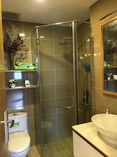 Phòng tắm Tropic Garden, quận 2 Căn hộ Tropic Garden hướng Đông Nam, view thoáng mát.