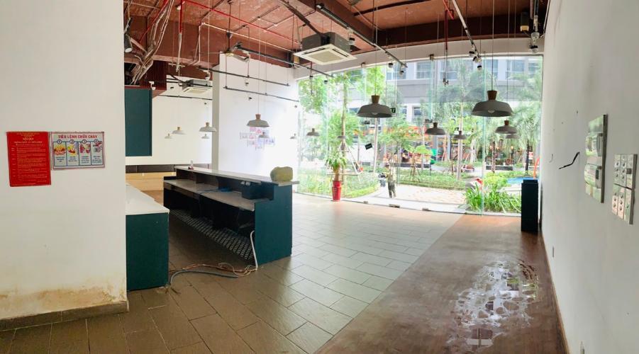 Không gian căn Shop-house Vinhomes Central Park, Bình Thạnh Căn Shop-house 1 trệt 1 lầu cửa hướng Bắc, nội thất cơ bản.