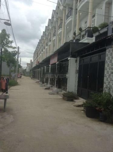 Đường hẻm nhà phố Thạnh Xuân 22, Quận 12 Nhà 1 trệt 1 lầu diện tích sử dụng 108m2, hướng Tây Nam.