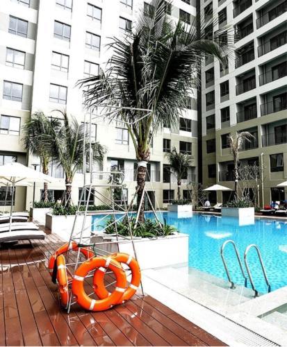 Hồ bơi căn hộ Masteri Thảo Điền CHO THUÊ C.CƯ FULL NỘI THẤT TẠI MASTERI THẢO ĐIỀN