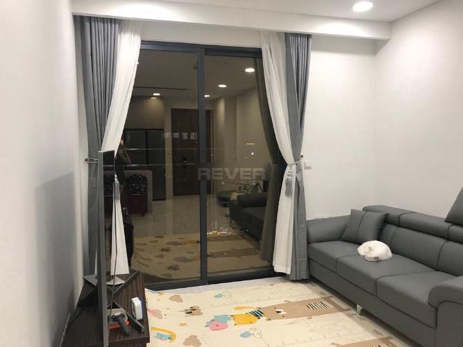 Căn hộ Kingdom 101 view nội khu, đầy đủ nội thất tiện nghi.