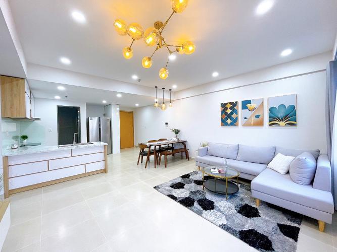 Căn hộ tầng cao Masteri Thảo Điền view thành phố sầm uất, đầy đủ nội thất.