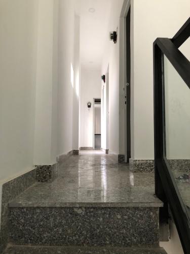 Nhà phố Quận 4 Nhà 2 tầng hẻm Đoàn Văn Bơ, có 9 phòng trọ phù hợp kinh doanh cho thuê