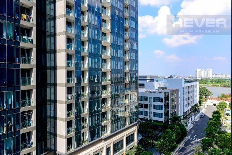 View căn hộ VINHOMES GOLDEN RIVER Bán căn hộ Vinhomes Golden River 1PN, tầng 6, đầy đủ nội thất, ban công Đông Bắc