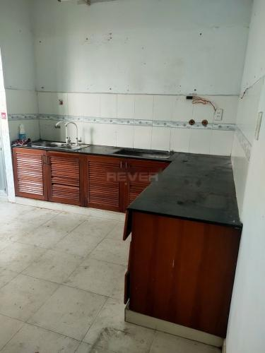 Phòng ngủ nhà phố Quận Bình Tân Nhà phố nằm tại KDC Nam Hùng Vương hướng Đông Bắc, đường xe hơi.