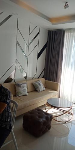 Bán căn hộ Saigon Mia tầng trung, diện tích 65m2 - 2 phòng ngủ, nội thất cơ bản