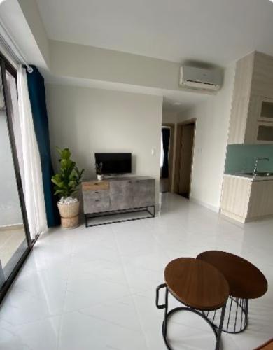 Phòng khách Safira Khang Điền, Quận 9 Căn hộ Safira Khang Điền hướng Đông Nam, đầy đủ nội thất.