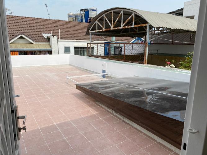 Sân thượng nhà phố Trần Trọng Cung, Quận 7 Nhà phố diện tích 120m2 mặt tiền đường, sổ hồng riêng.