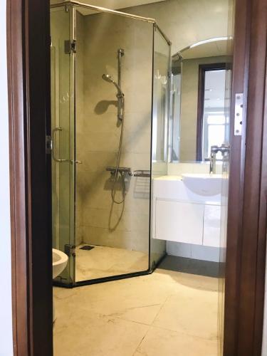 Phòng tắm Vinhomes Central Park Căn hộ Vinhomes Central Park tầng trung, ban công hướng Đông Bắc.