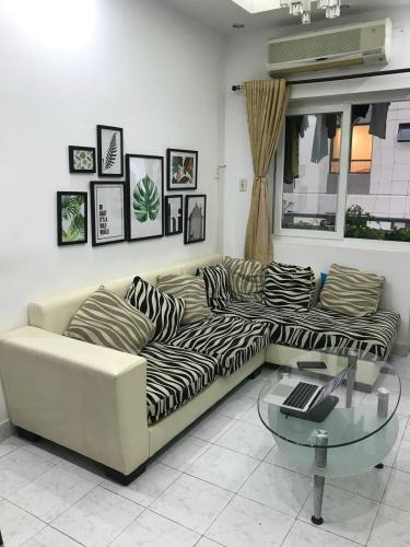 Phòng khách căn hộ Chung cư Vạn Đô Căn hộ chung cư Vạn Đô tầng 10 view thoáng mát, đầy đủ nội thất.