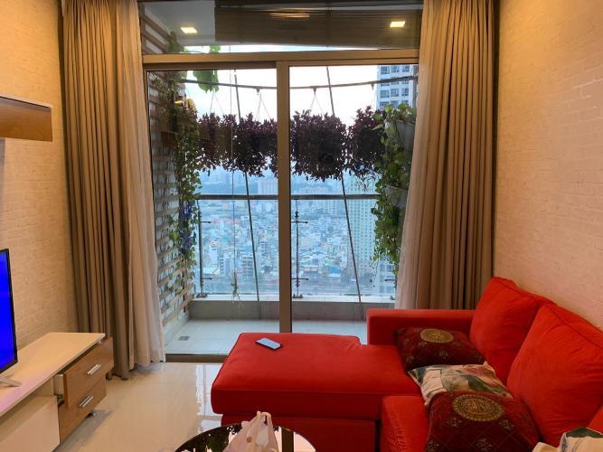 Căn hộ Vinhomes Central Park tầng 30, view thành phố sầm uất.