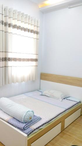 Phòng ngủ nhà phố Quận 6 Nhà phố Quận 6 hướng Nam diện tích sử dụng 111.8m2, nội thất cơ bản.