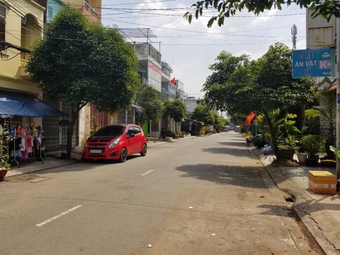 Đường hẻm nhà phố Quận Bình Tân Nhà phố đường xe hơi Q.Bình Tân diện tích sử dụng 250m2, sổ đỏ riêng.